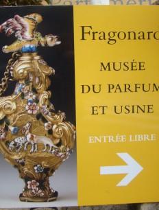 A Fragonard tem um museu muito completo e cheio de curiosidades sobre o mundo do perfume. Vale a visita.