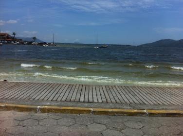 Se estiver na Lagoa, olha para o lado e curte a paisagem.